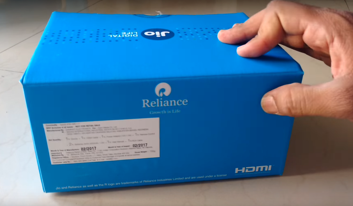 Reliance Jio Set Top Box Package Rear